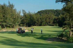 Banyan Tree Lang Cô invite ses hôtes à la découverte du nouveau parcours golfique conçu par Nick Faldo  dans Bons Plans hi_anvnlc_49200802_hole10-c-300x199