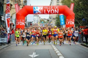 RunInLyon 2013 - 06 octobre 2013 - depart - Place Bellecour