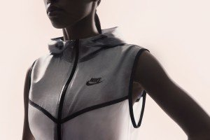 Su14_NSW_Tech_Pack_Hyperfuse_Vest_W_A_02_original